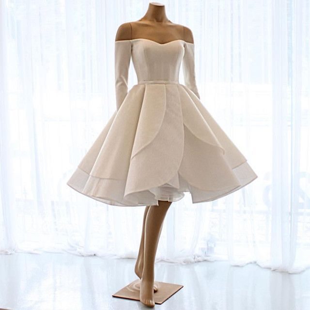Short Wedding Dresses Ruffle Ball Gown With Long Sleeves Evening