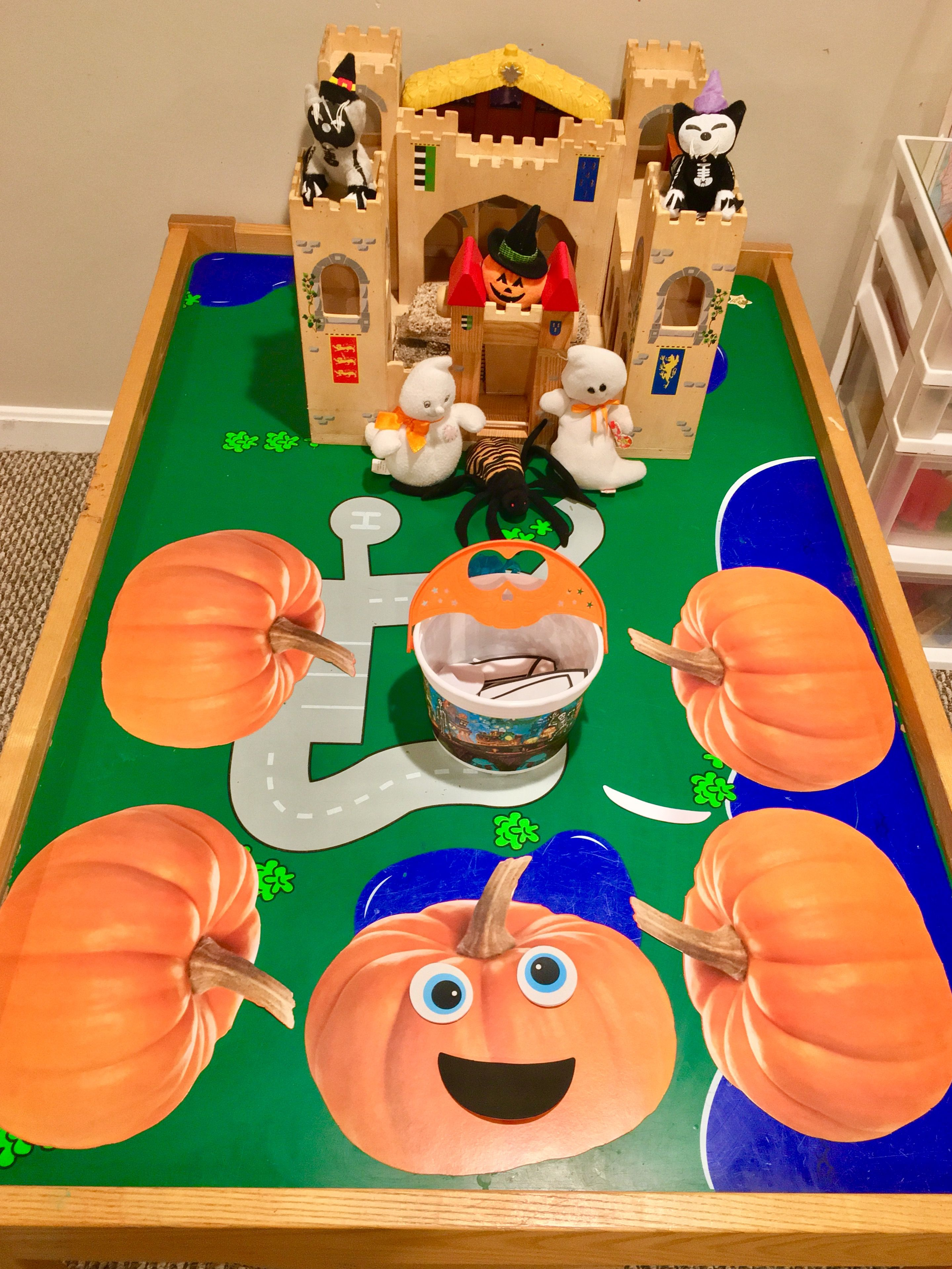 Haunted castle and funny face pumpkins for small world and fine motor skills