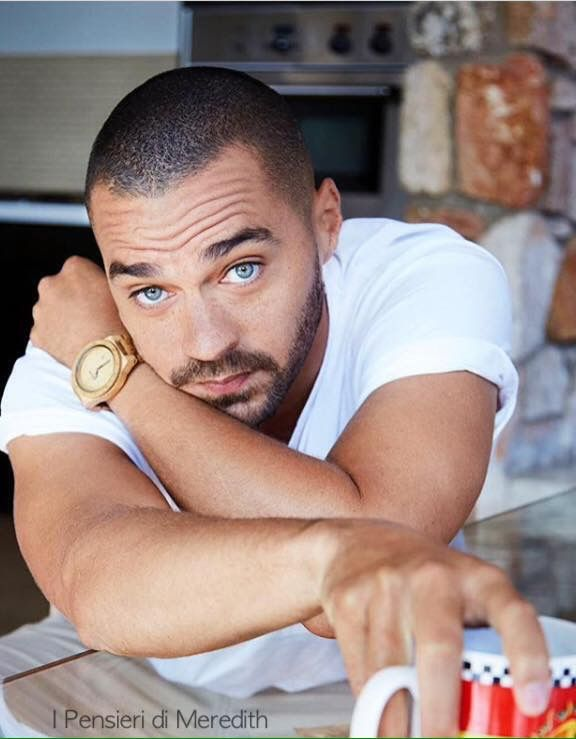 Jesse Williams from Grey\'s Anatomy | Grey\'s... | Pinterest | Jesse ...