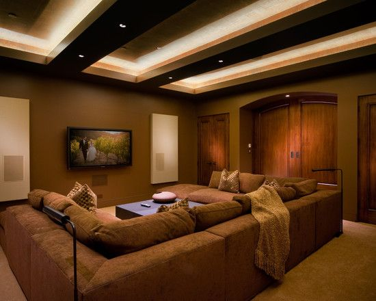 Warm Inviting Media Room Love The Large Sectional The Arched