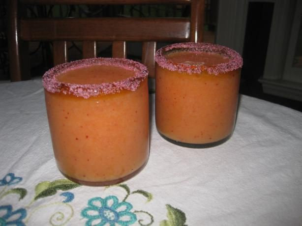 Frozen Peach Daiquiri from Food.com: This is a great drink to make during those hot summer nights when fresh peaches are plentiful.