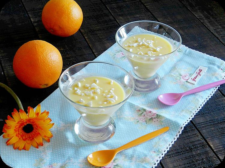 Natillas de naranja con crujiente de yogur