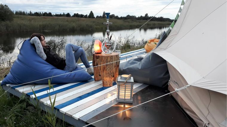 Organiser un glam camping maison dans son jardin pour s amuser en famille idee d co f te - Organiser son jardin ...