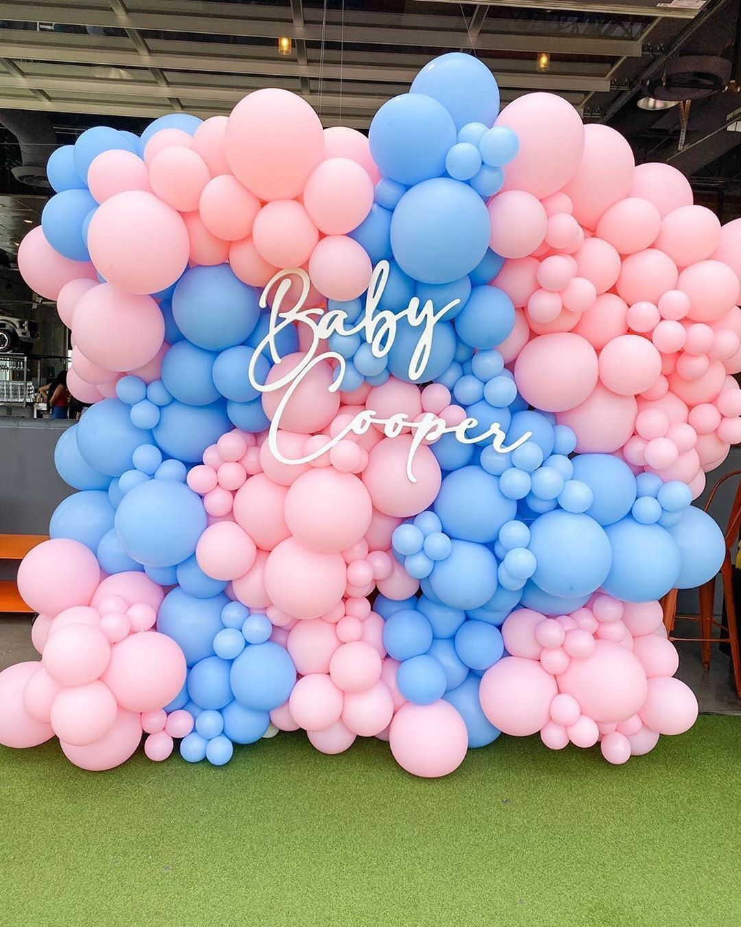 Balloon Garland near me . credit to theeventcollectivex in