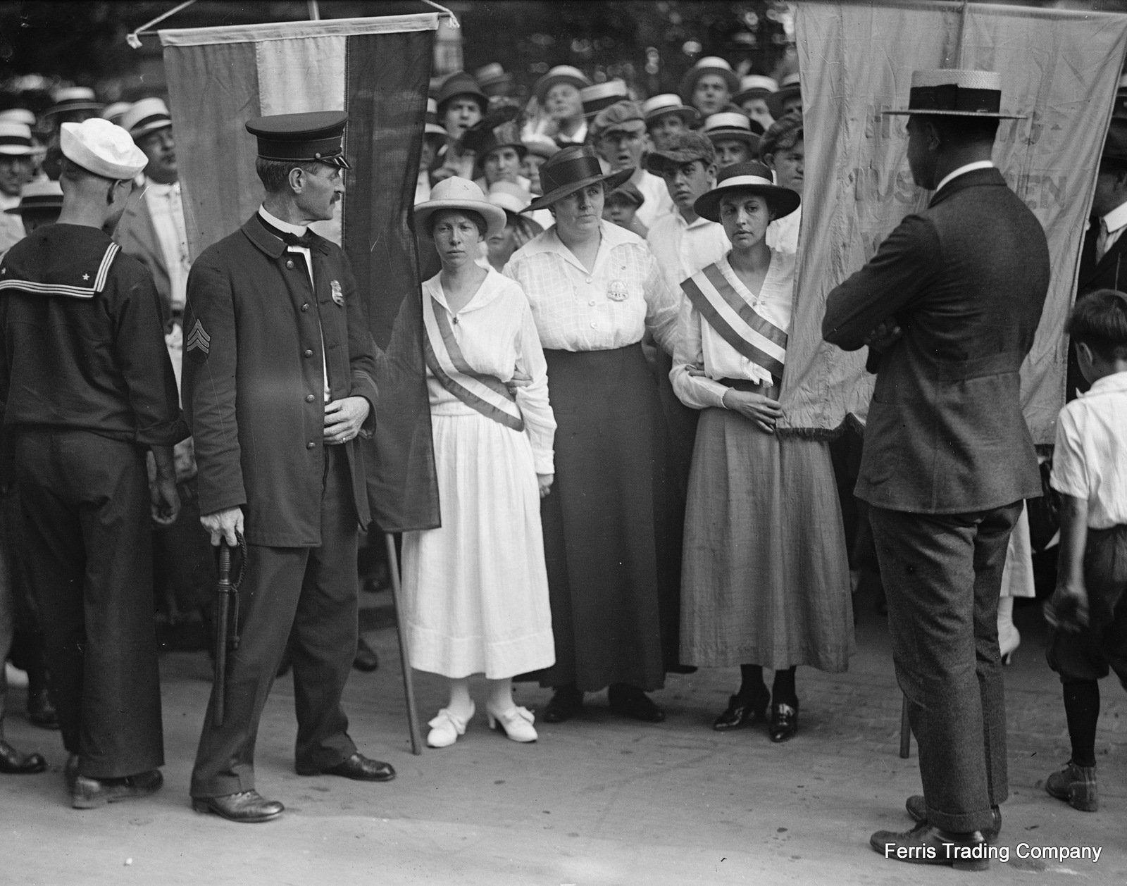 Women S Suffrage Movement 1917 Alice Paul Civil Etsy Suffrage Movement Suffragette Womens Rights [ 1258 x 1600 Pixel ]