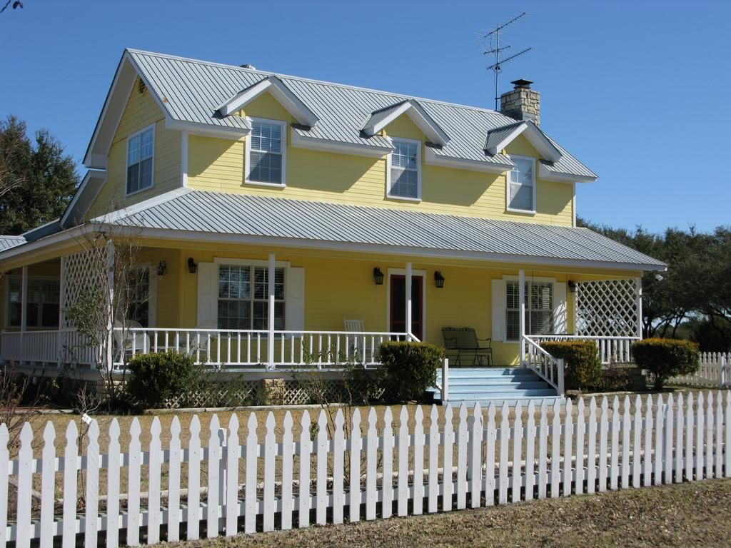 I Kind Of Like White Shutters On A Yellow House But With