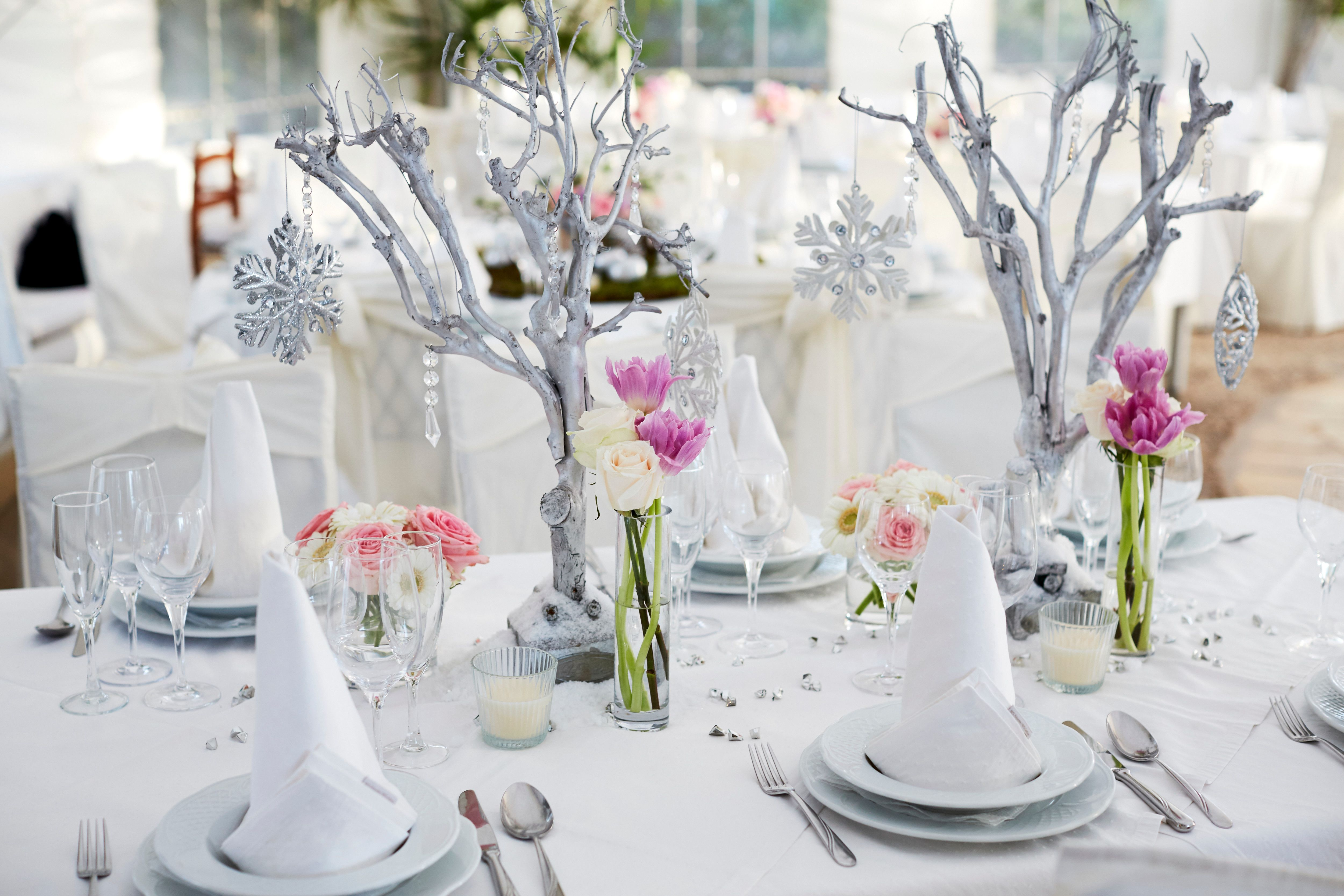 Old Fashioned Disney Wedding Decorations Motif - The Wedding Ideas ...