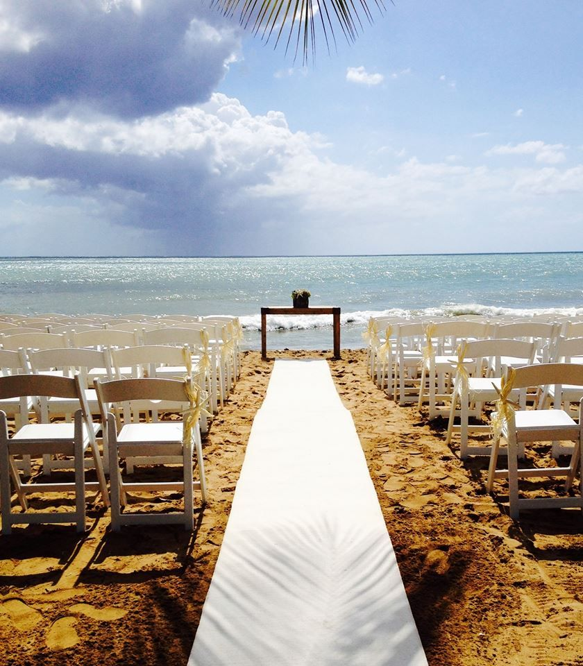 Beach Wedding Ceremony Ideas: Beach Ceremony Decor... #Bride #weddingreception