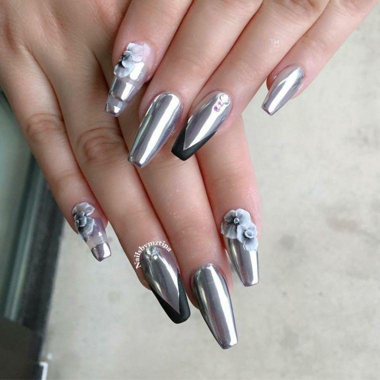 Uñas efecto espejo u2013 última tendencia de moda en la decoración de uñas