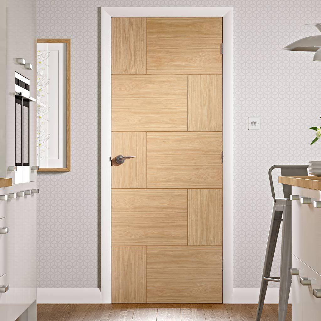 Bespoke Ravenna Oak Flush Panel Door. #internaldoors #bespokeoakdoors  #interiorbespokedoors