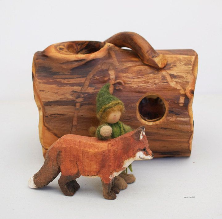 Foxes in a Log Set