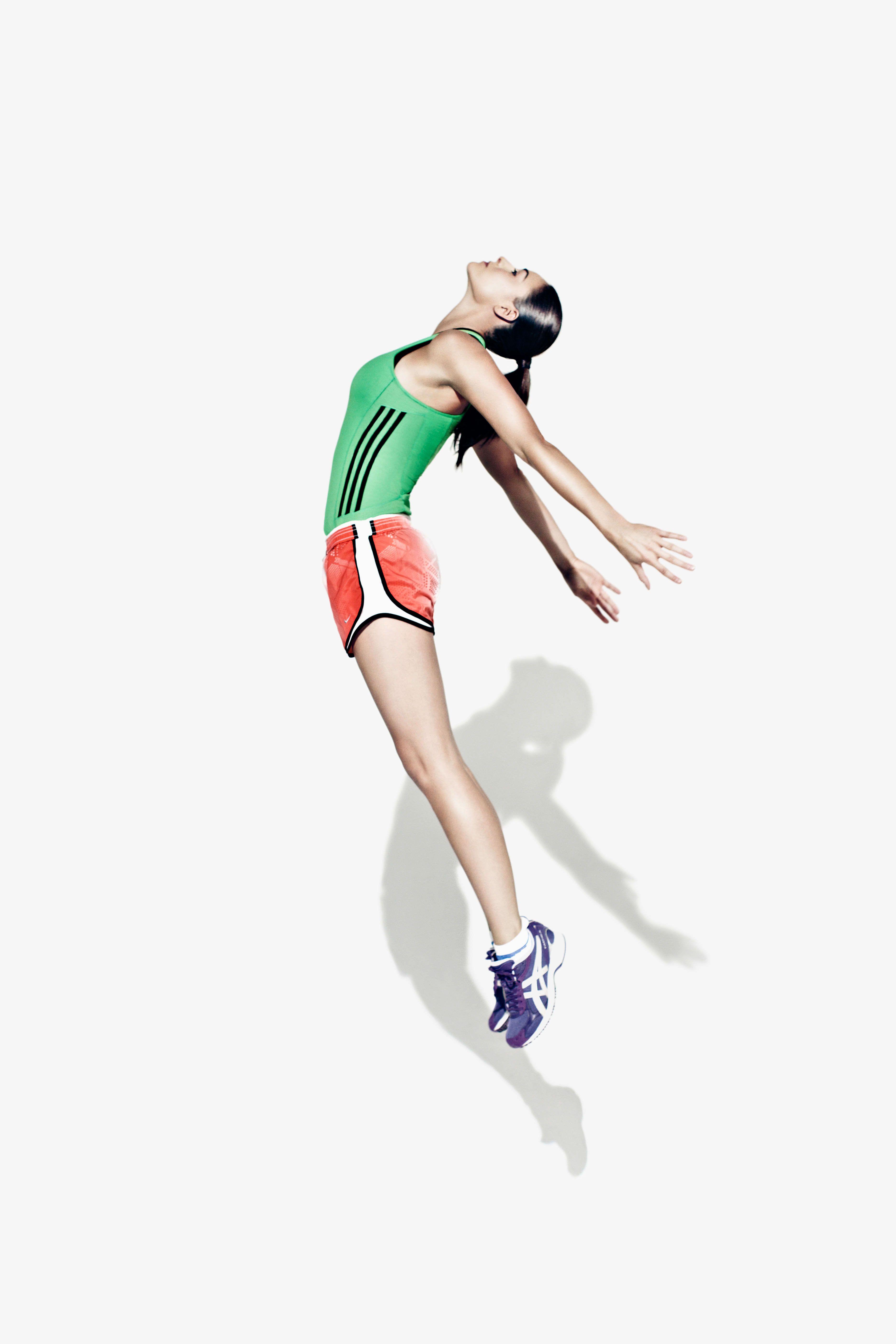 Editorial Shoot For Health Fitness Magazine To Show The Modern Chic Female Everyday Runner Fitness Portrait Sports Female Runner