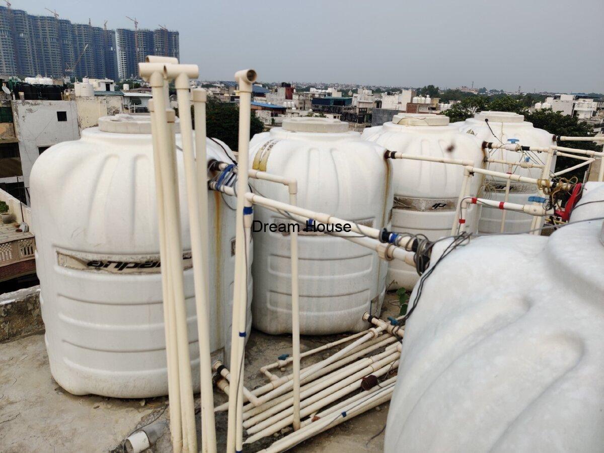 تنظيف خزانات المياه البلاستيكية والخرسانية بأفضل طريقة In 2021