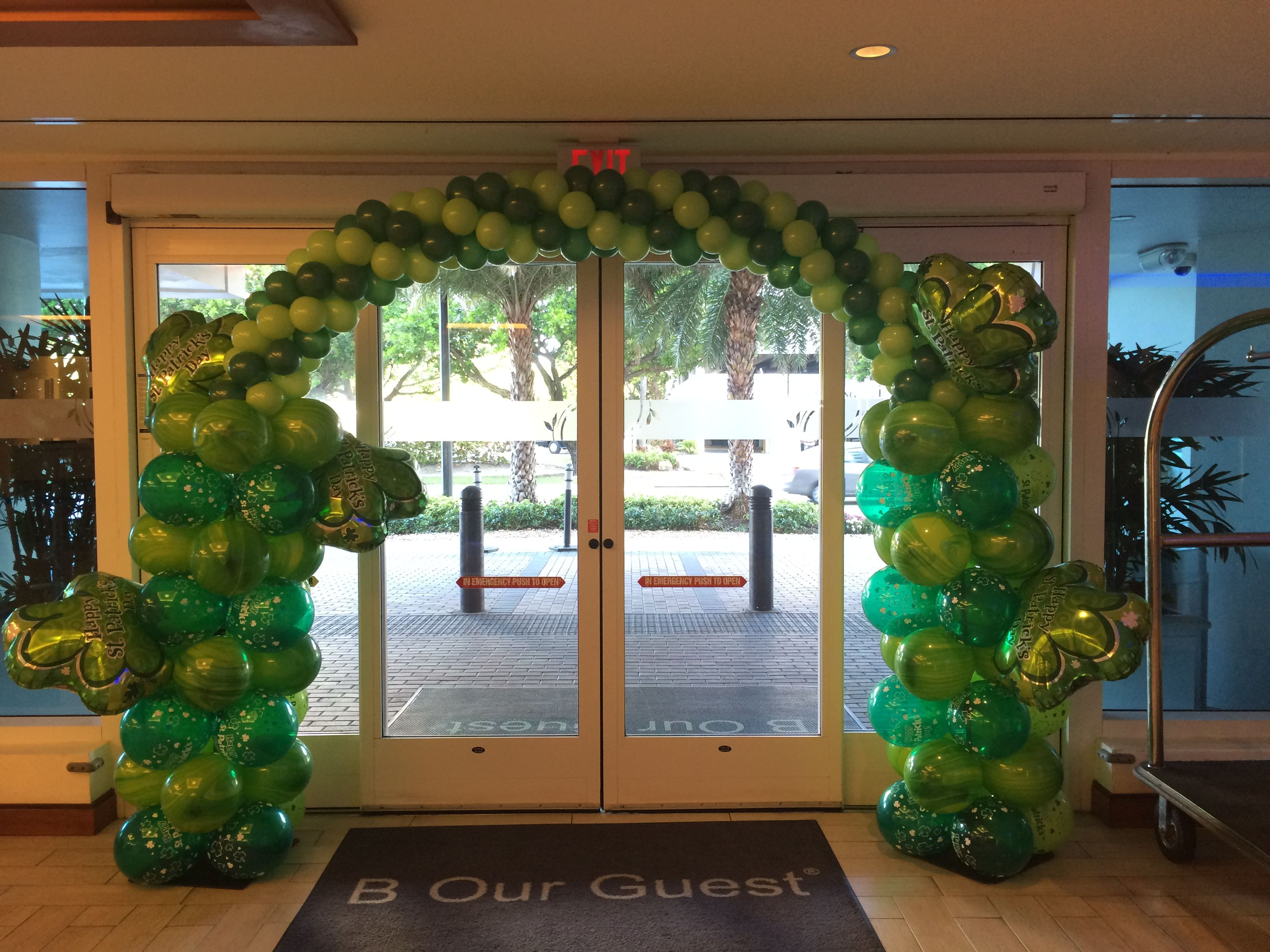 St.Patrick's Day balloon arch