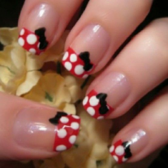 Minnie Mouse nails. So cute! Would be fun for a trip to Disneyland