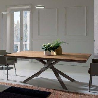 Tavolo allungabile in legno con base in metallo 4x4 di for Tavolo eclipse legno di ozzio design