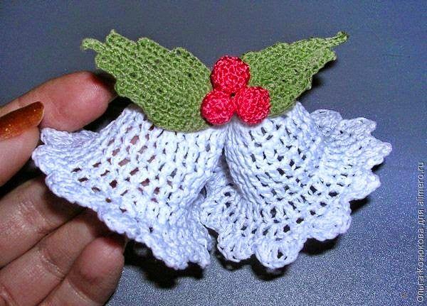 Patrones de campanas navideñas tejidas al crochet con aplique de ...