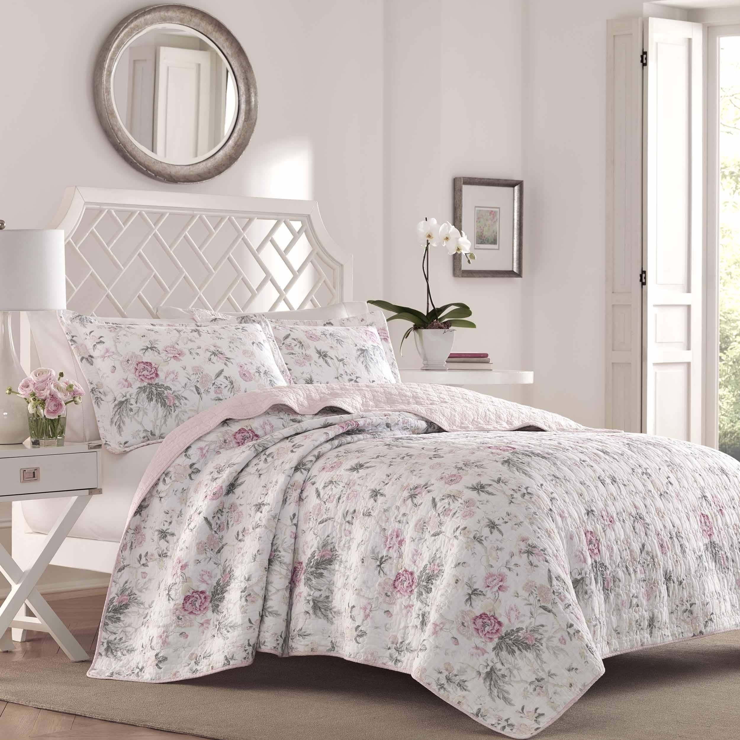 Laura Ashley Breezy Floral Quilt Set King Size Products Quilt