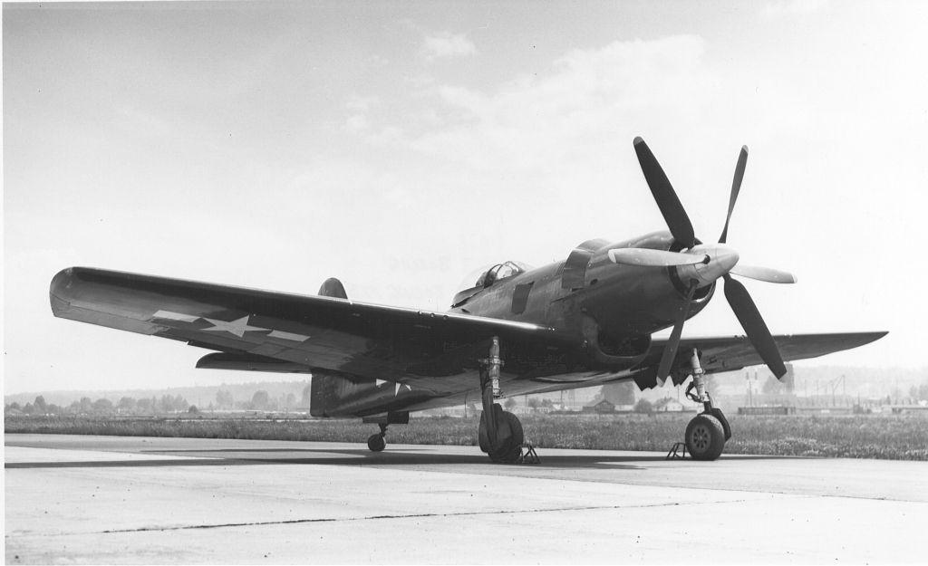 XF8B-1onthegroundatBoeingFieldinSeattleWA.jpg (1024×625)
