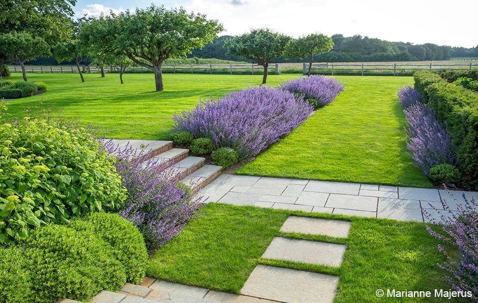 Garden Design House Border Bed Zone 4 Front Of House Unique Contemporary Country Garden Surrey For The Yard Jardineria De Ladera Escalones De Jardin Jardines