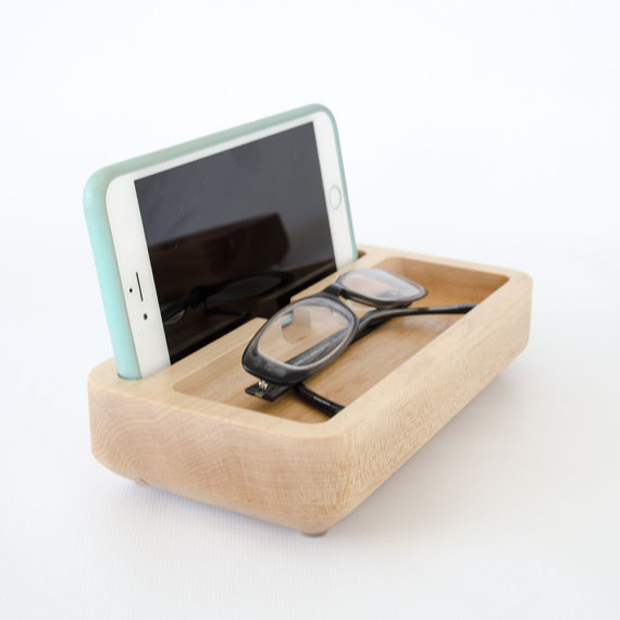 Best Maple Iphone Dock Small Nightstand Caddy Wood Charge 400 x 300