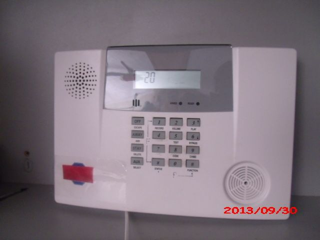 adt lynx wireless security alarm panel control panels keypads shop security. Black Bedroom Furniture Sets. Home Design Ideas