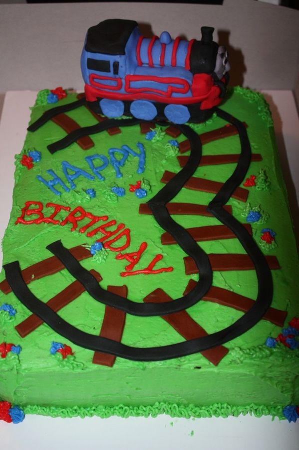 Thomas The Train Cake For A 3 Year Old Boy Birthday Party Is Made Of Rice Crispy Treats Covered In Bc Frosting And Fonadant Th