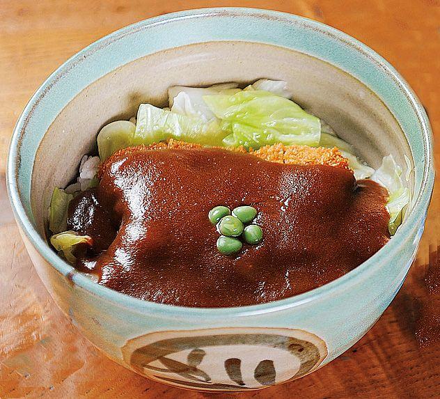 Okayama 岡山名物 デミカツ丼 デミグラスソースが上にかかってます カツ丼 健康 レシピ グルメ