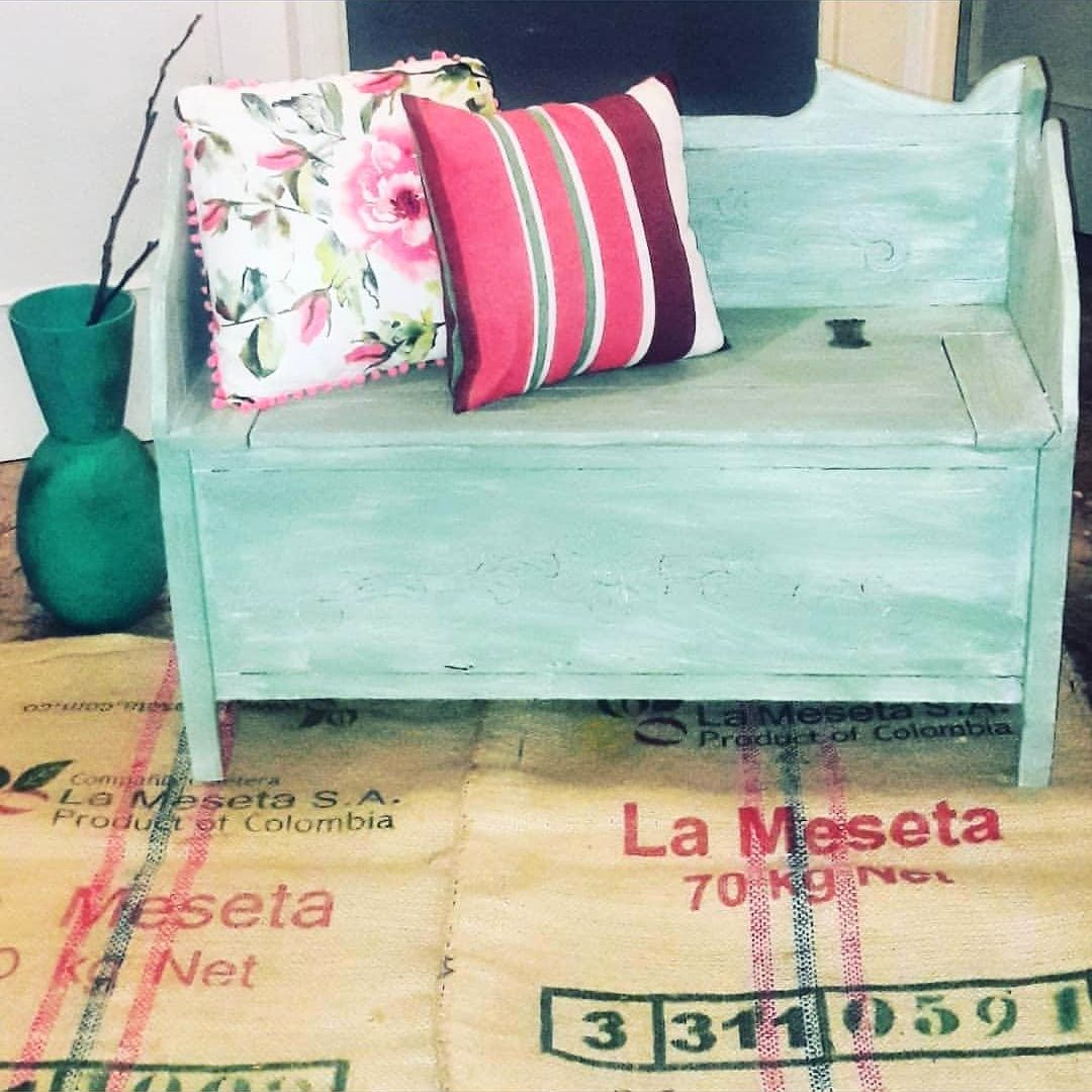 Turquoise bench makeover by Piccolaketi