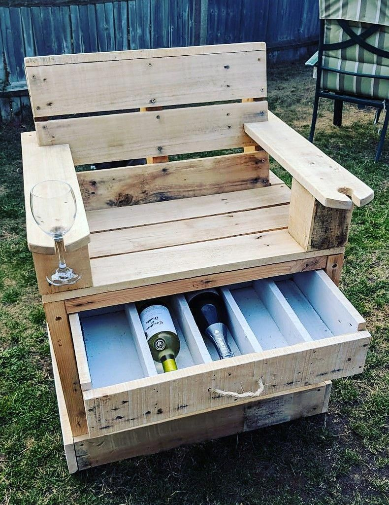 Reused Wooden Pallet Bar Chair