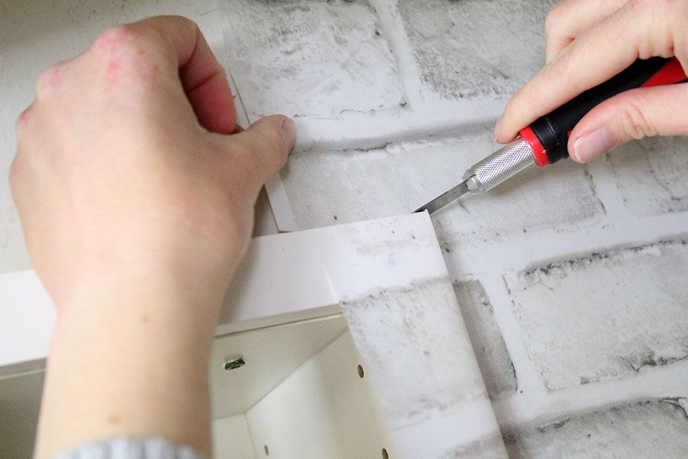 How to Apply Peel and Stick Wallpaper | Easy DIY Tips and ...
