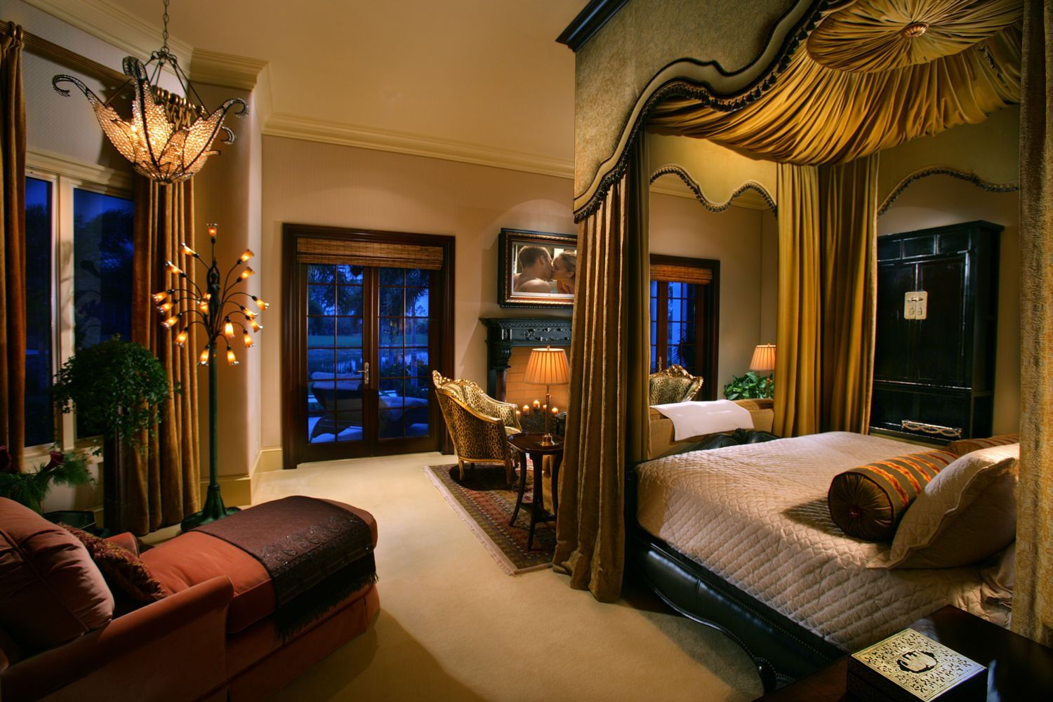 Breathtaking gorgeous romantic bedroom for couples