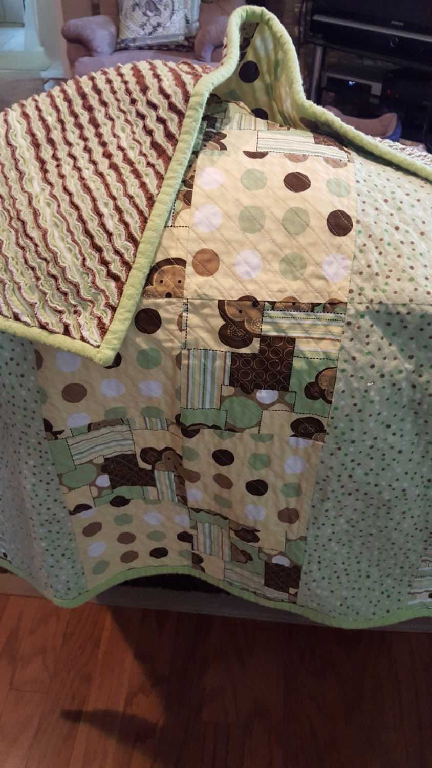 Monkey baby quilt - pinned by pin4etsy.com