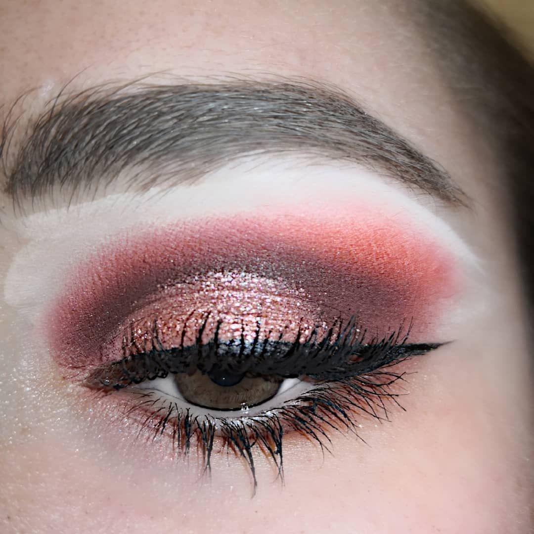 #makeup #women #makeup #makeupideas #makeuplove #makeuptutorial #makeupartist #eyeliner #eyebrows #e...