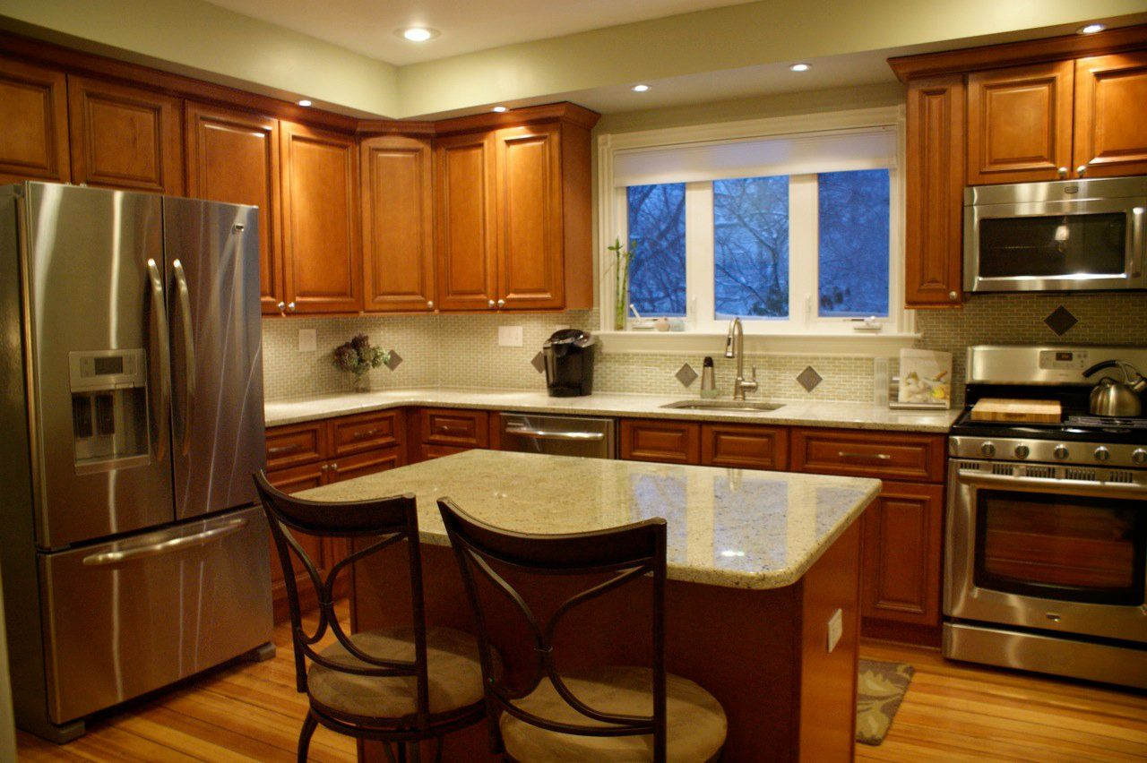 light counter top with maple cabinets. on Best Countertops For Maple Cabinets  id=85218