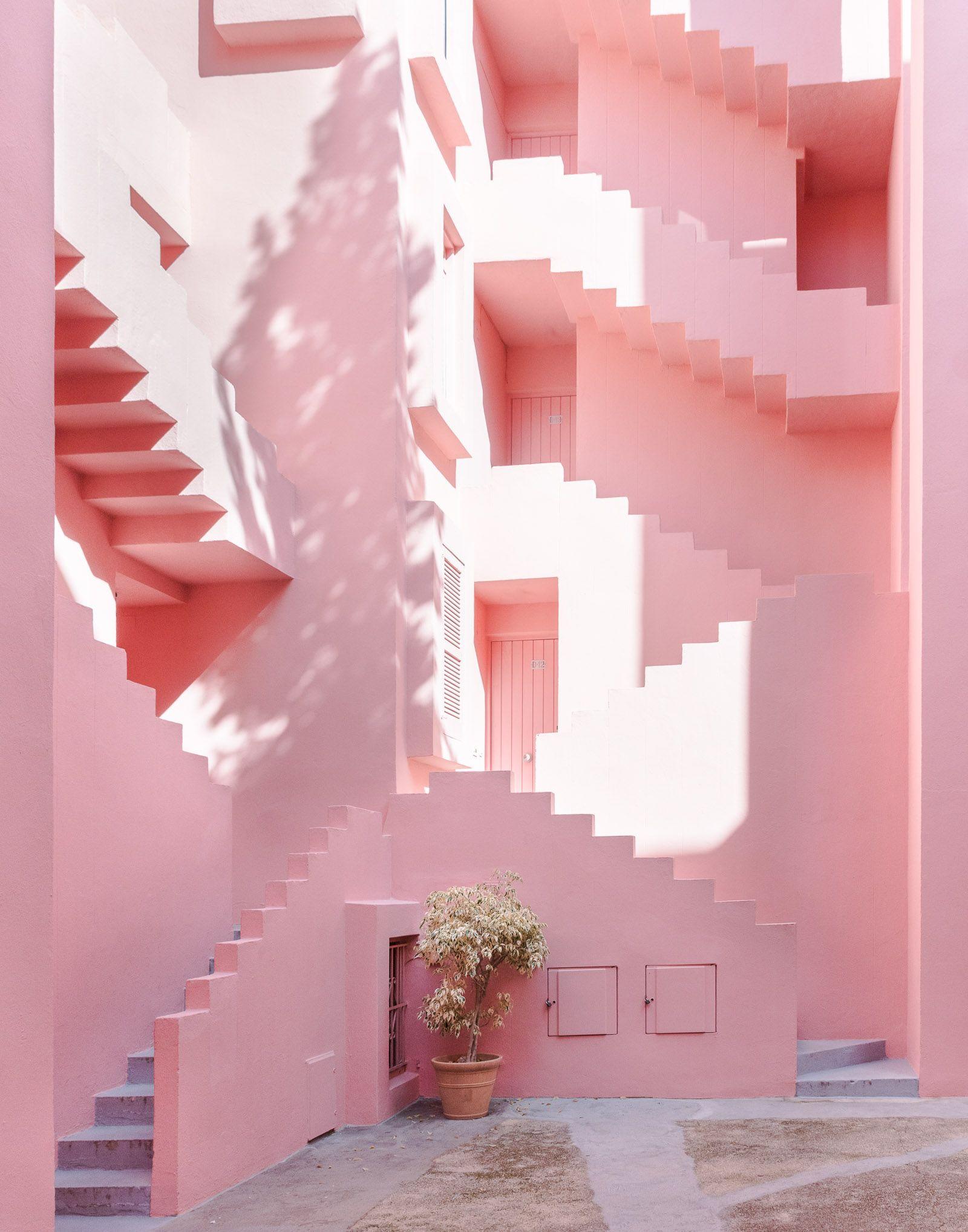 La Muralla Roja - Ricardo Bofill - Calpe, Spain | Places | Pinterest ...