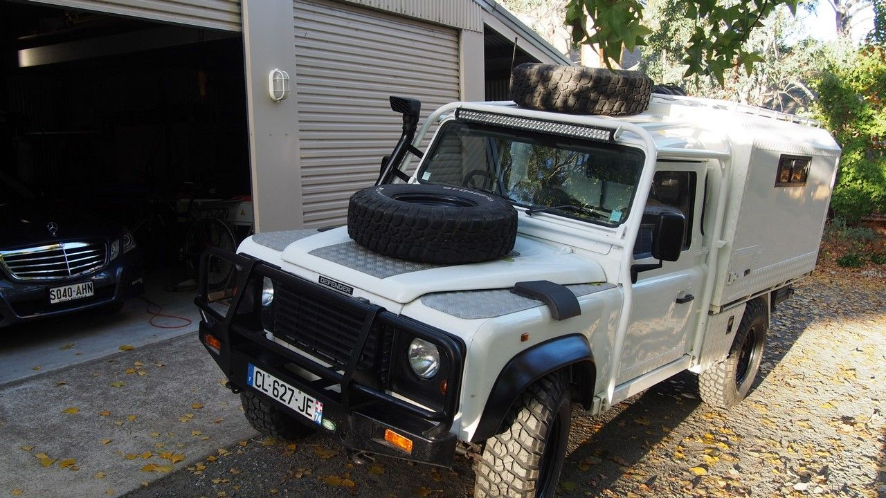 The French In A Custom 110 Defender In 2020 Defender