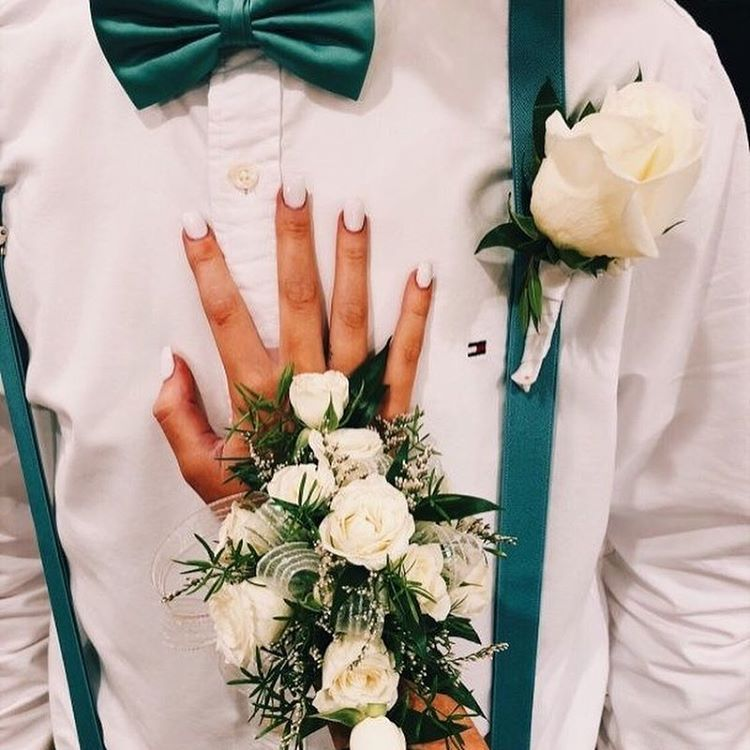 Prom or homecoming corsage and boutonniere!@dreamdressy.official #corsages