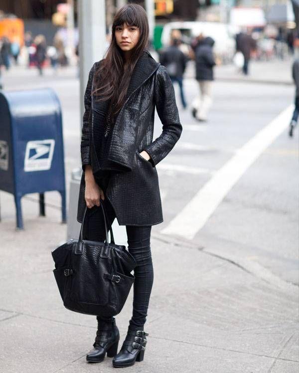catalina-llanes-look-all-black-couro-tecidos-sofisticados-up-look-steal-the-look