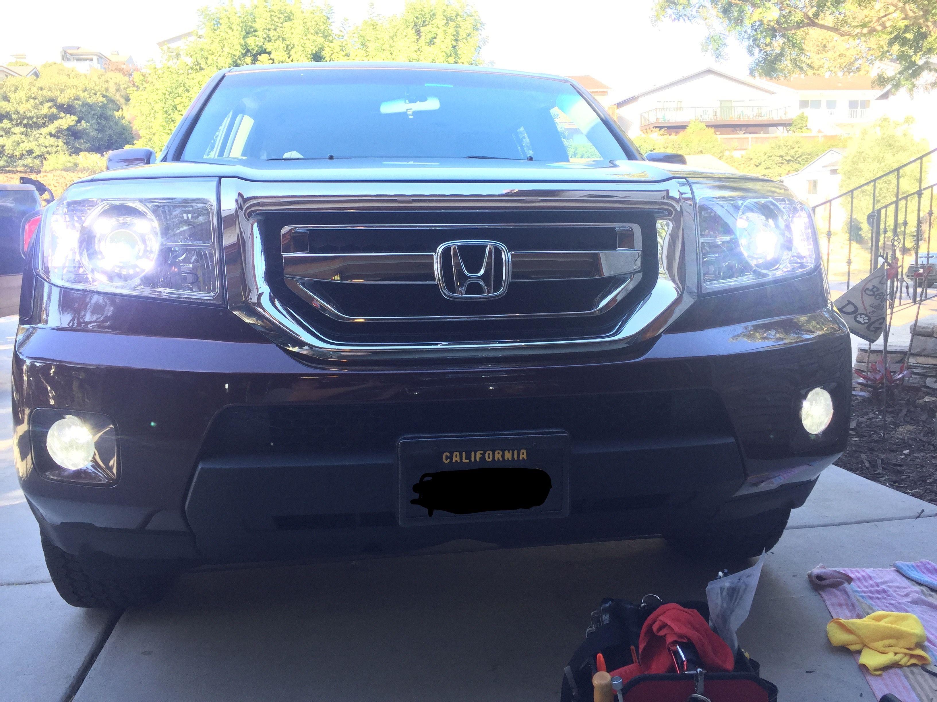 2011 Honda Pilot: Grill, Projector Headlights, LED Running Lights, Roof  Rails,
