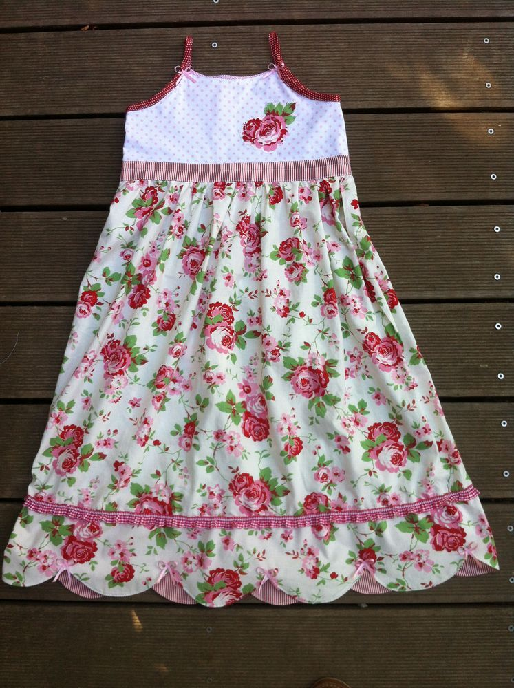 Photo of Sewing pattern hanger and dress Sarah from kleinerspatz