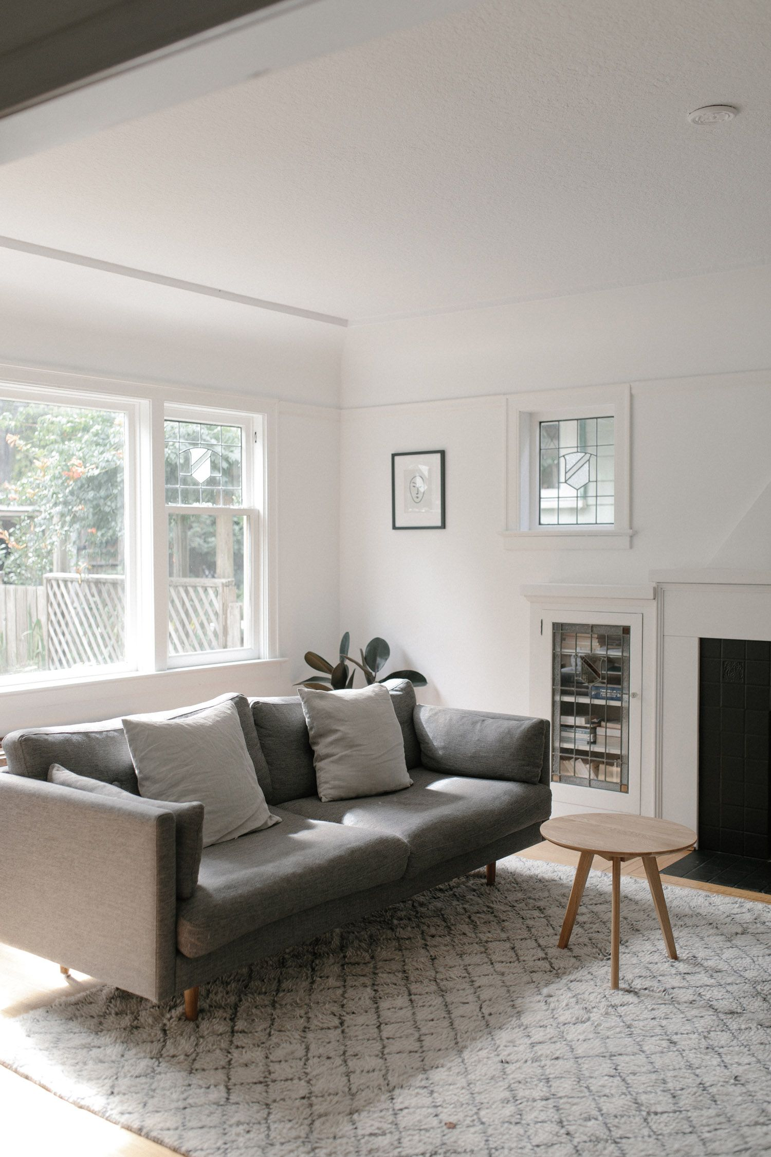 West Elm A Minimal And Monochrome Pre War Home In Vancouver