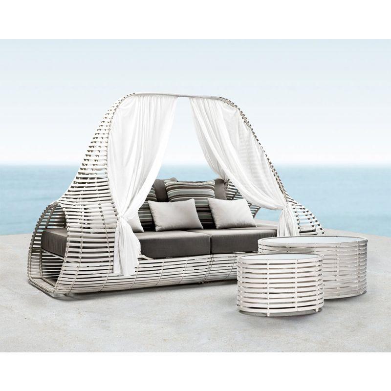 Lounge Daybed Lolah 246 cm (brown/whitewash) von Kenneth Cobonpue - designer gartenmobel kenneth cobonpue