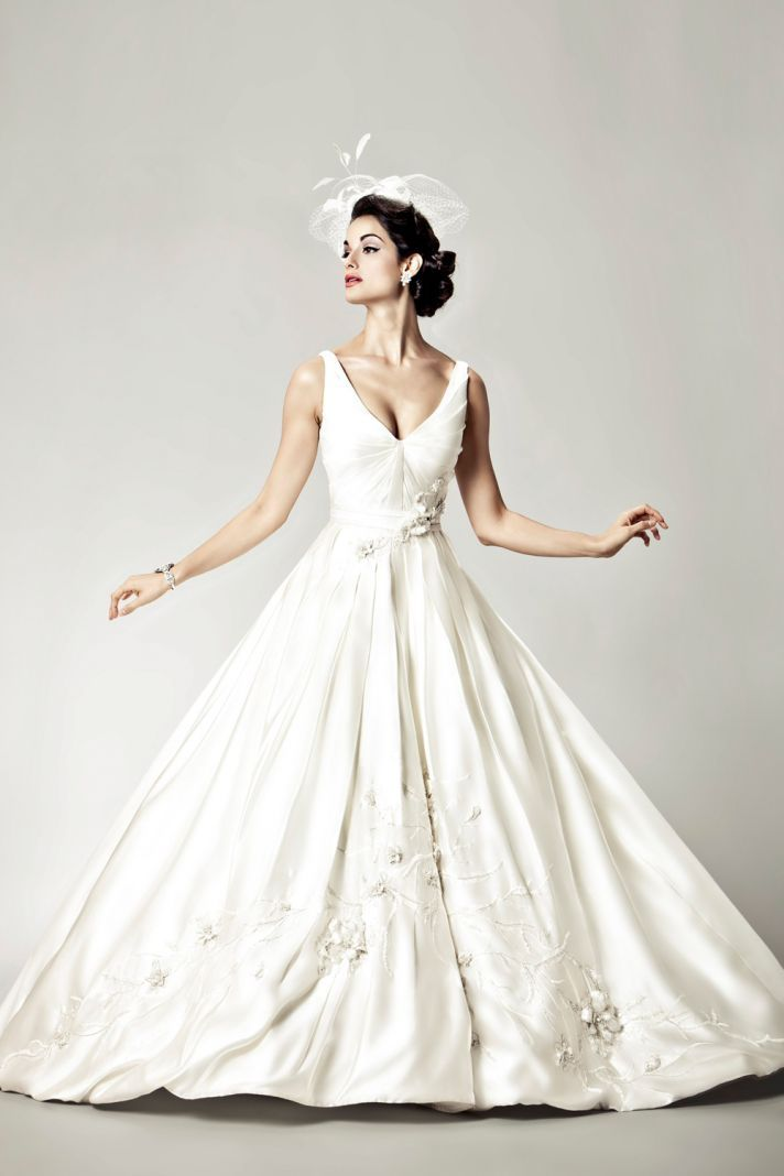 15 Divine Wedding Dresses for the Vintage Glam Bride | Vintage glam ...