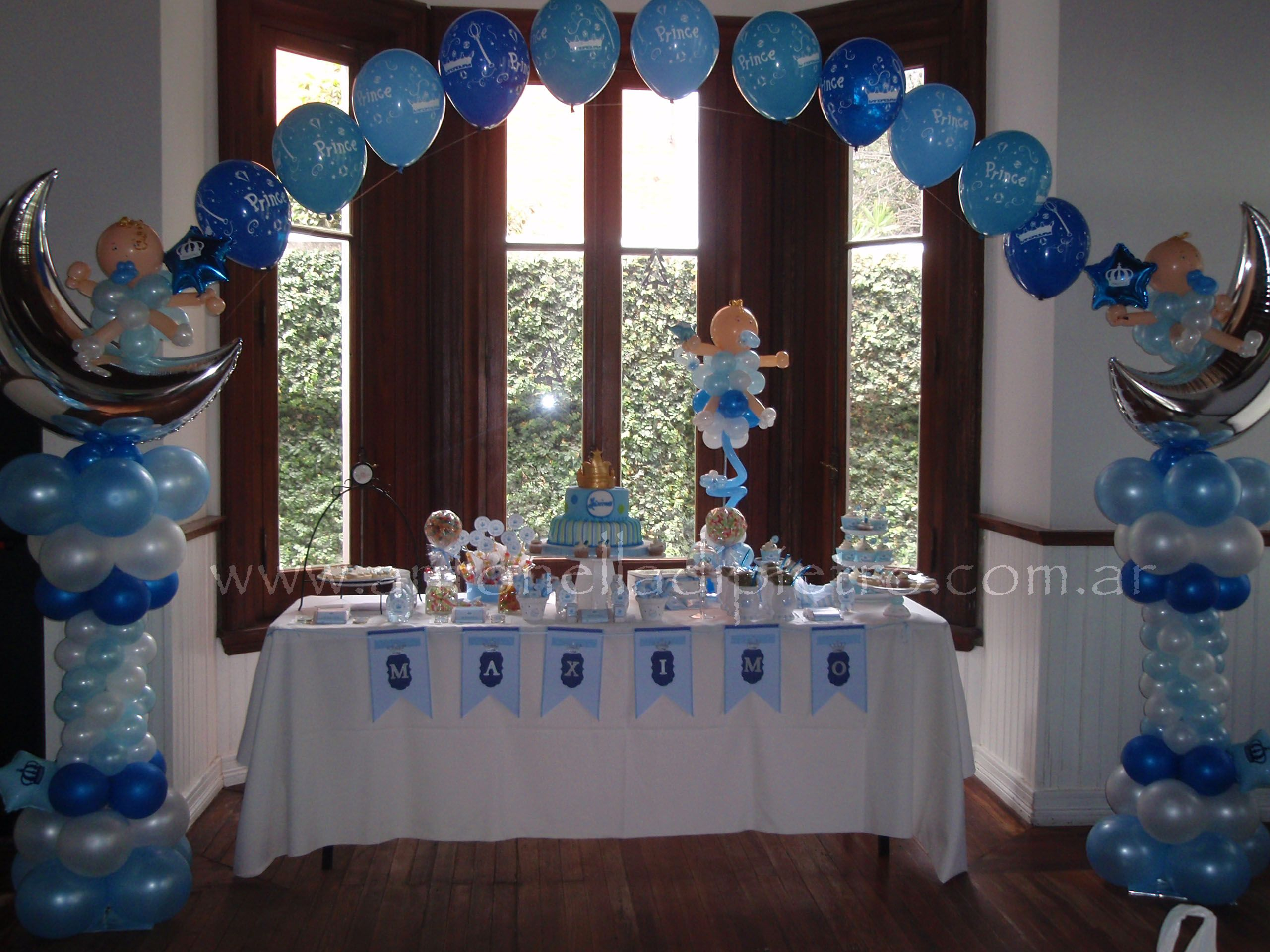 Bautismo fiesta imagui for Balloon decoration ideas for christening