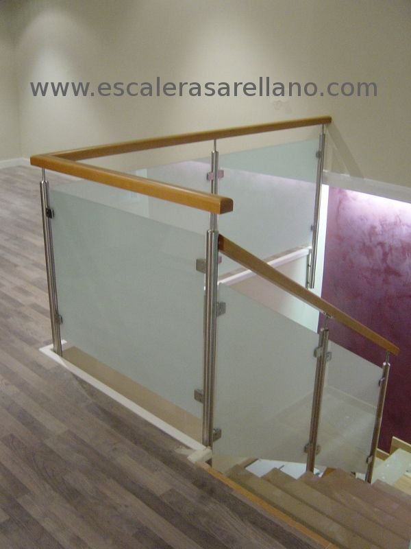 Barandilla de madera, acero inoxidable y cristal Home decor