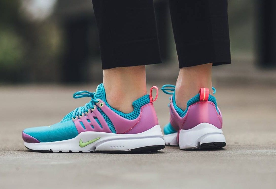 Nike Air Presto: Gamma Blue/Ghost Green/Pink Blast