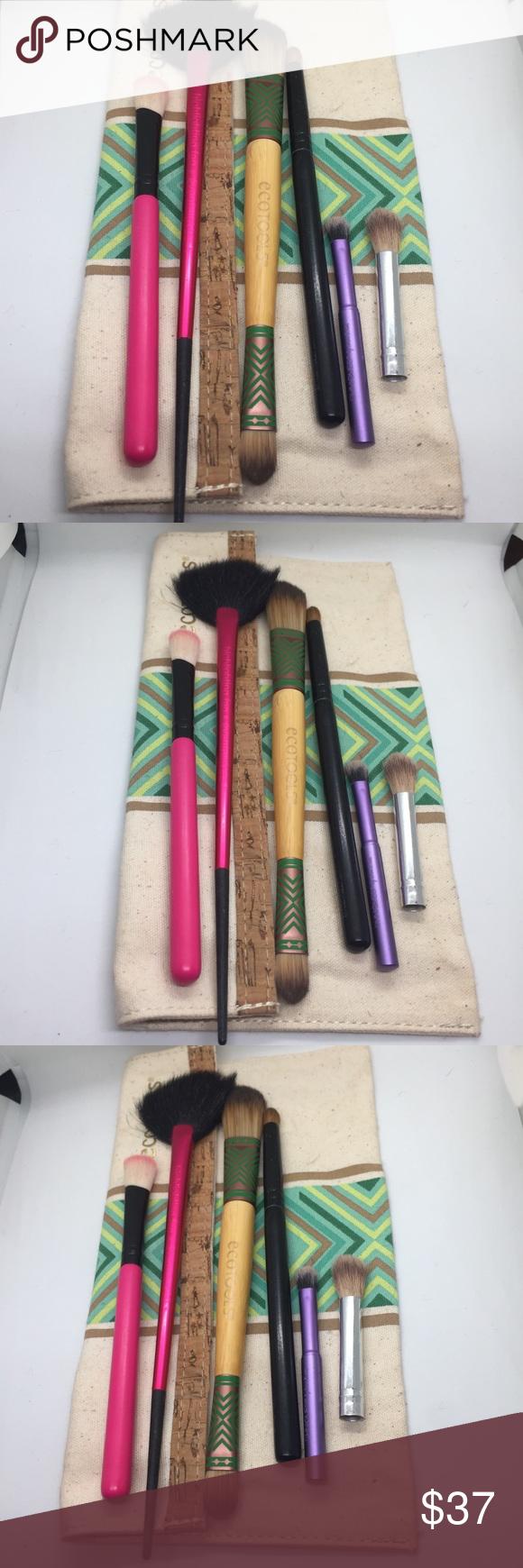SEPHORA MAKEUP BRUSHES AND BAG fan brush eyeshadow