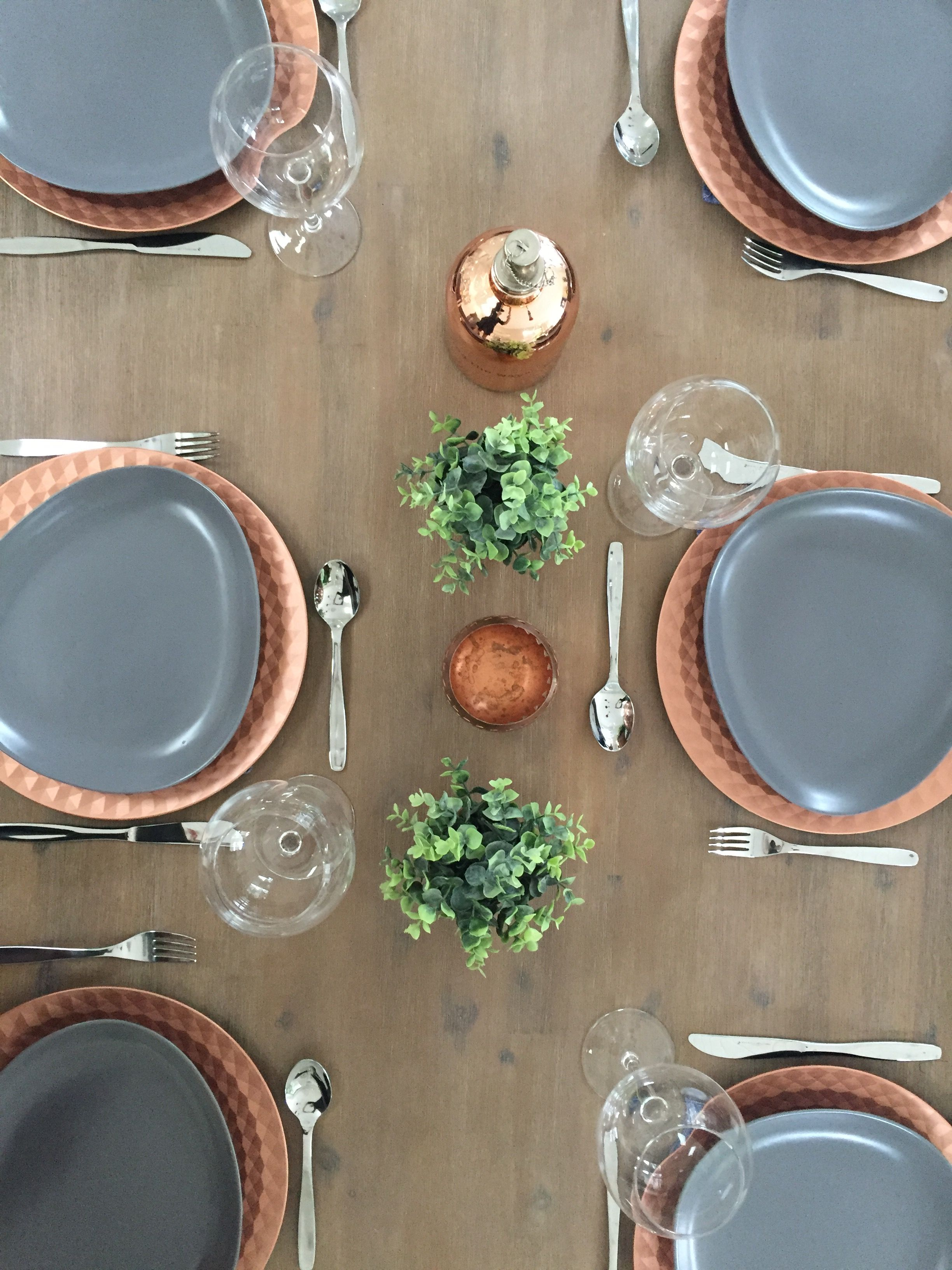 Rustic Table Setting With Rose Gold And Grey Theme Outdoor Table Decor Ideas In 2019 Rose Gold Kitchen Rose Gold Decor Rose Gold Table