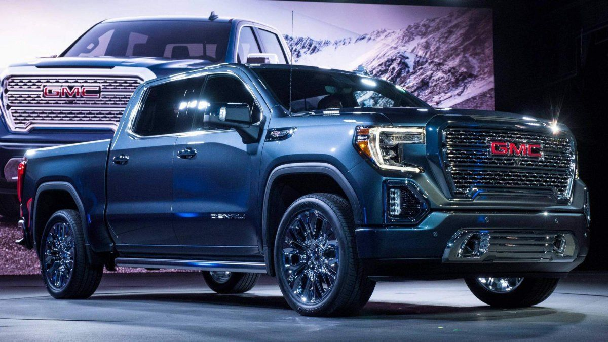 All New 2019 Gmc Sierra Is 360 Lb Lighter Debuts Carbon Fiber Bed Gmc Sierra Denali Sierra Denali Gmc Sierra